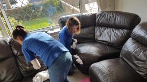 Leather couch cleaners doncaster